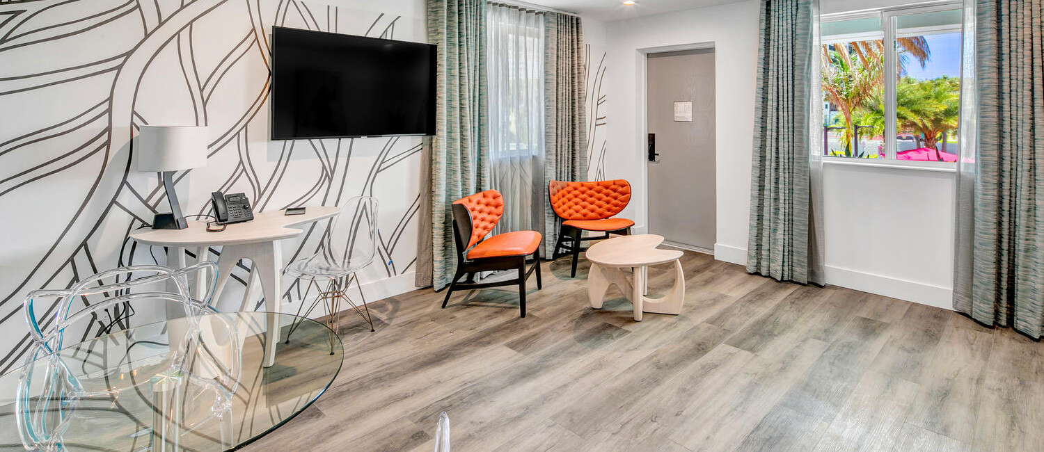 EXPLORE THE AMENITIES AND SERVICES AT THE SAINT HOTEL